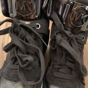 Michael Kors wedge high top shoes 🤩
